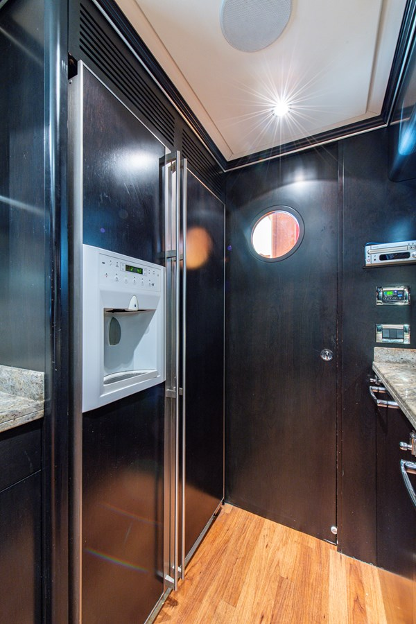 Galley 2006 BENETTI Tradition Series Motor Yacht 2738563
