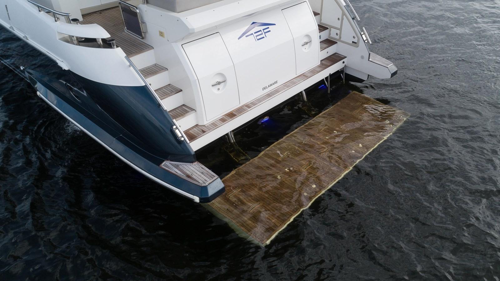 3 2016 AZIMUT 72 Flybridge Motor Yacht 2746725