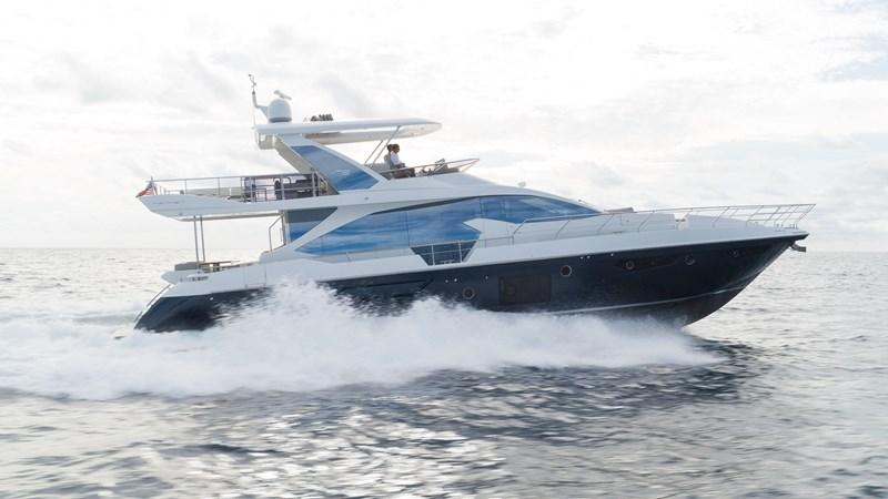 1 2016 AZIMUT 72 Flybridge Motor Yacht 2746718