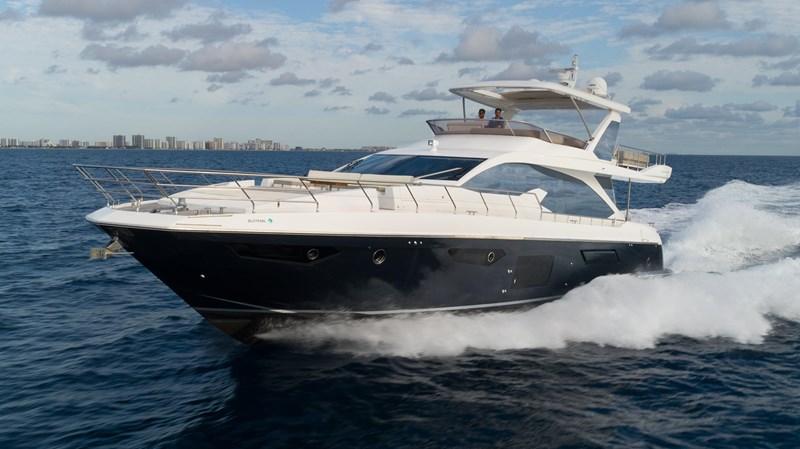 2 2016 AZIMUT 72 Flybridge Motor Yacht 2746724