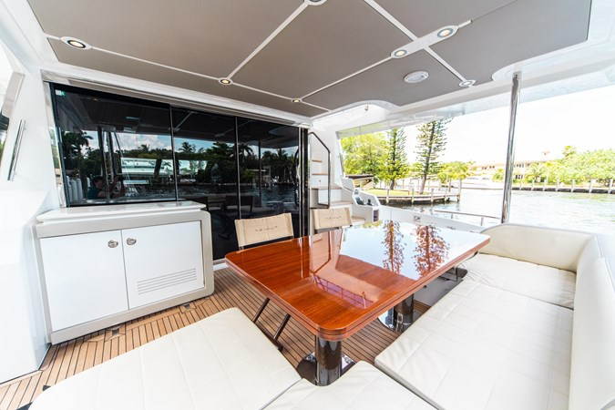 7 2016 AZIMUT 72 Flybridge Motor Yacht 2746726