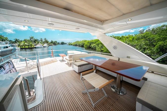 36 2016 AZIMUT 72 Flybridge Motor Yacht 2746753