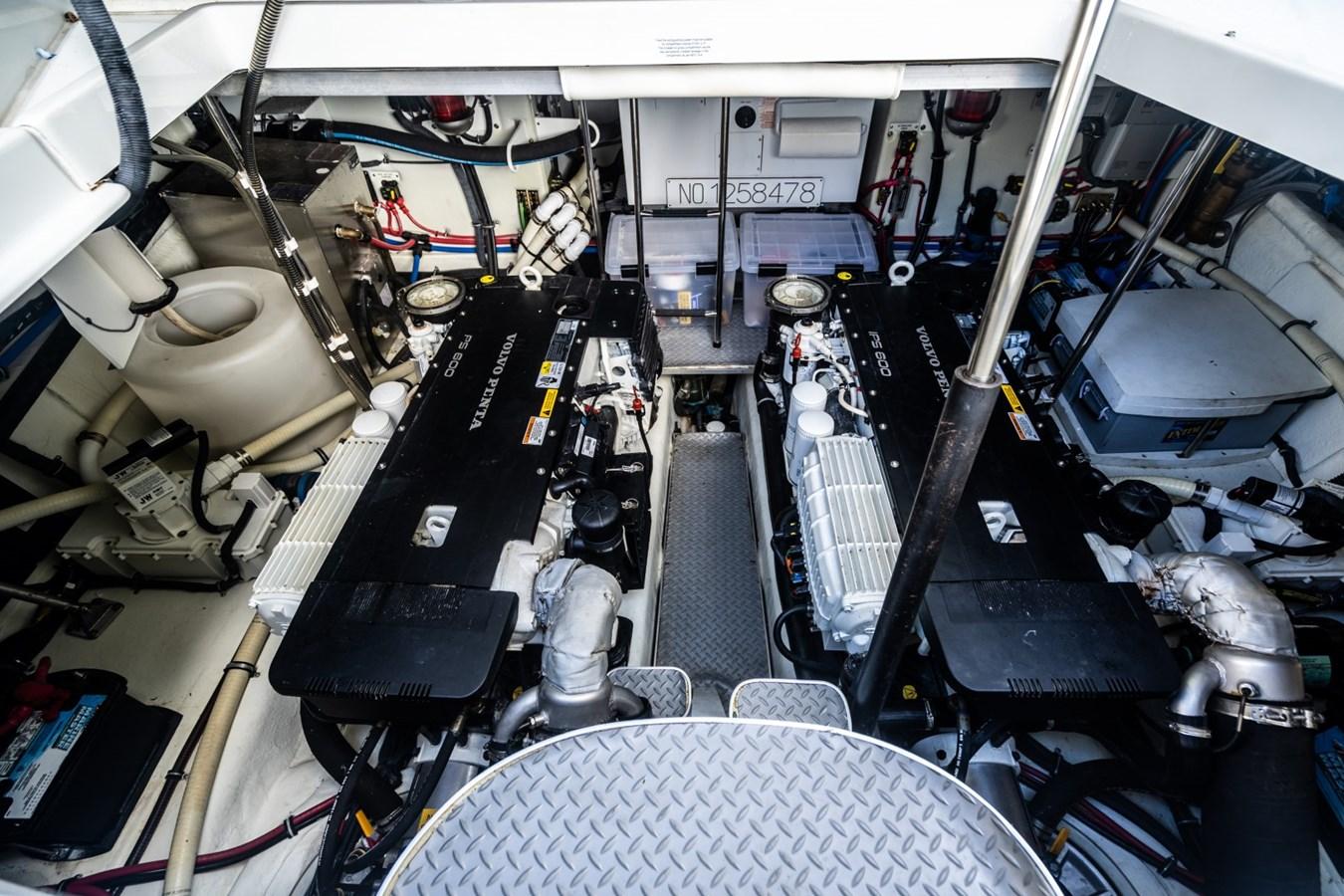 65 2015 FORMULA 45 YACHT Motor Yacht 2737233