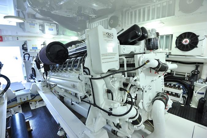 2014 Viking 66 Convertible - Engine Room 2014 VIKING 66 Convertible Sport Fisherman 2758518