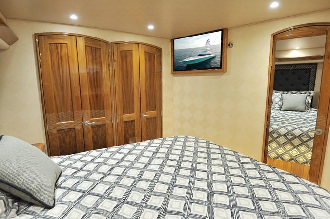 2014 Viking 66 Convertible - Master Stateroom 2014 VIKING 66 Convertible Sport Fisherman 2758541
