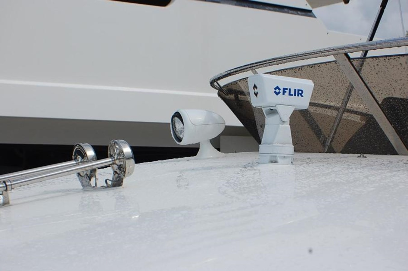 42 2009 SUNSEEKER  Motor Yacht 2737585