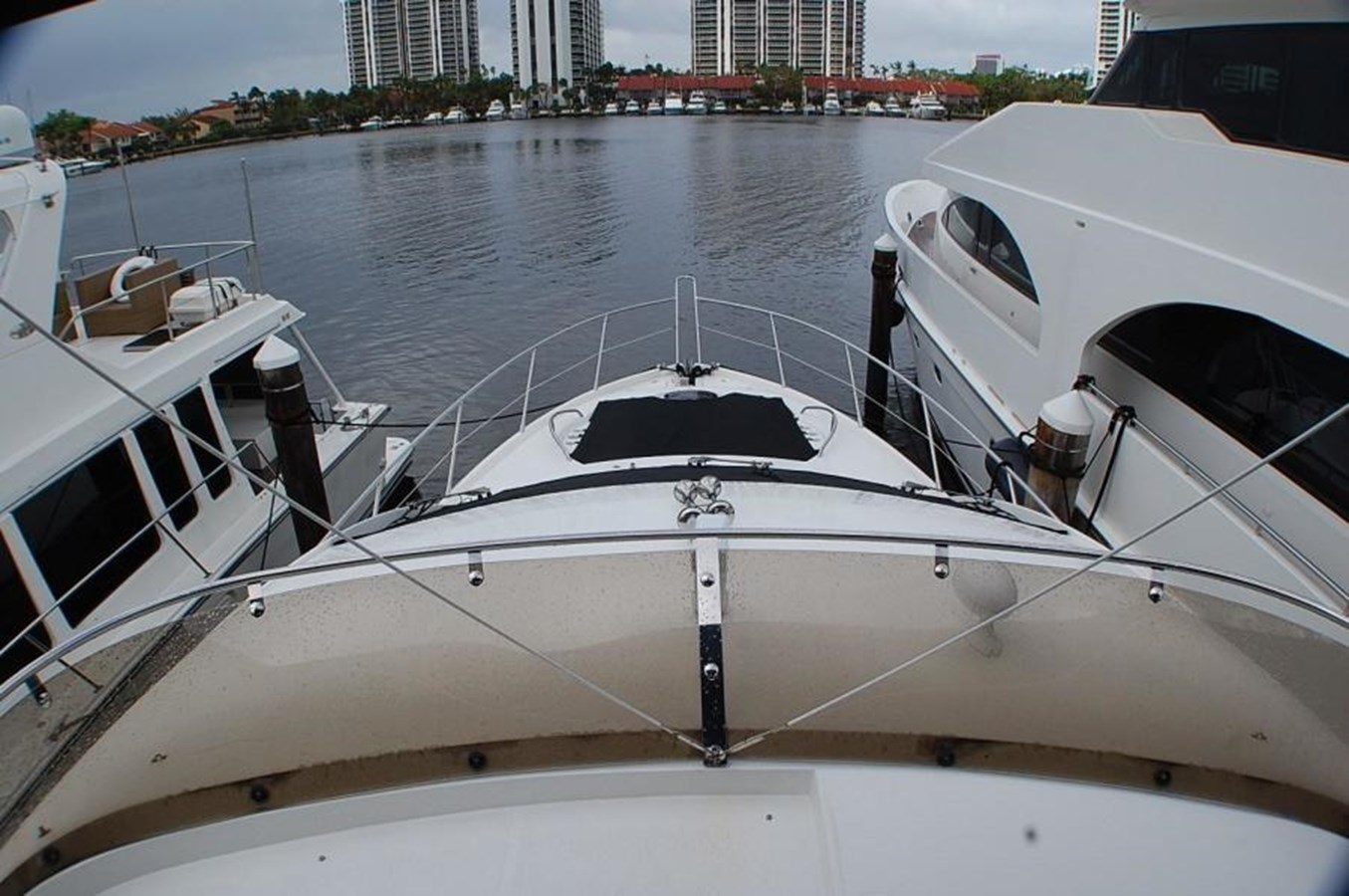 41 2009 SUNSEEKER  Motor Yacht 2737615