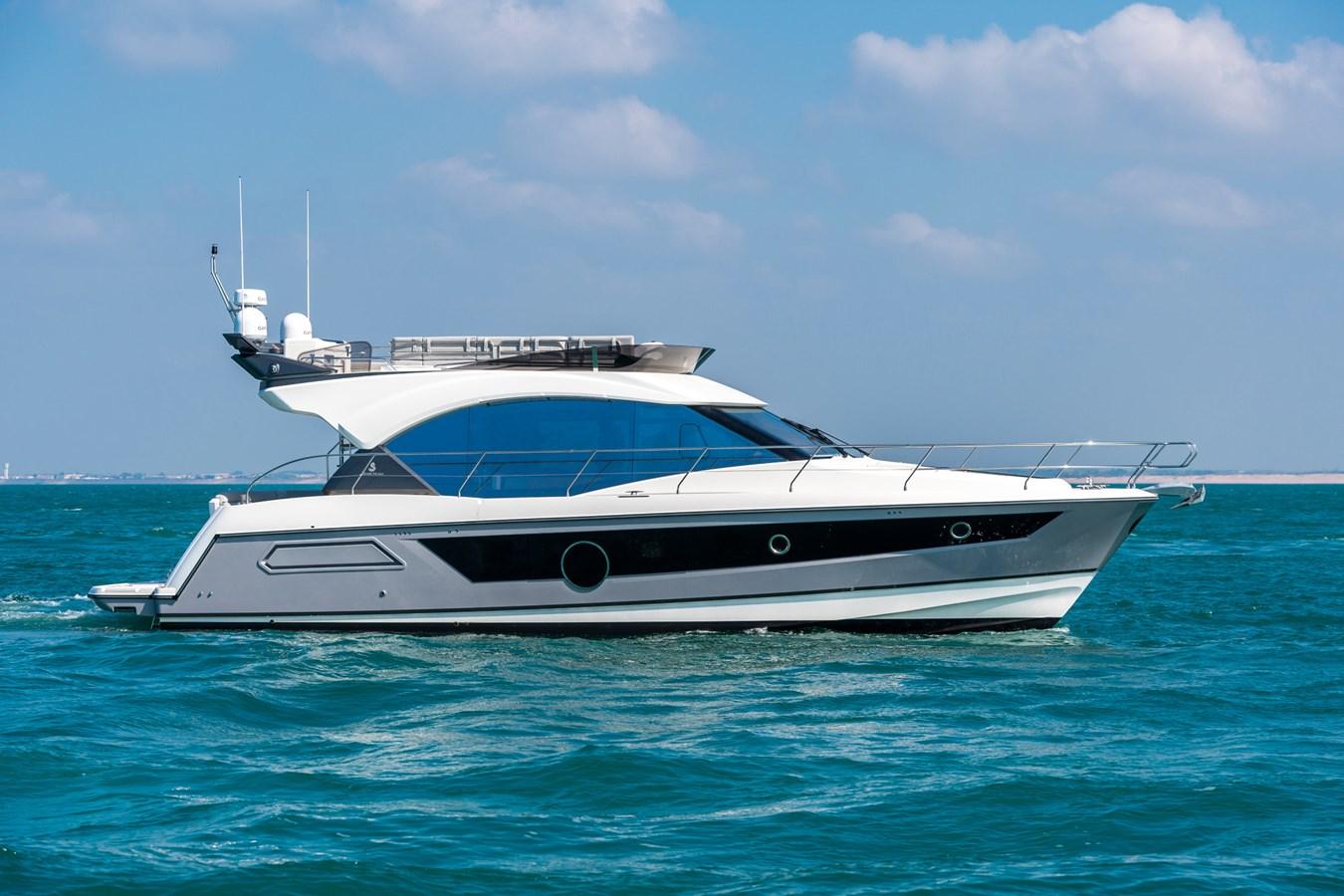 MC52-1274.jpg-1832px 2020 BENETEAU MC 52 Motor Yacht 2737743
