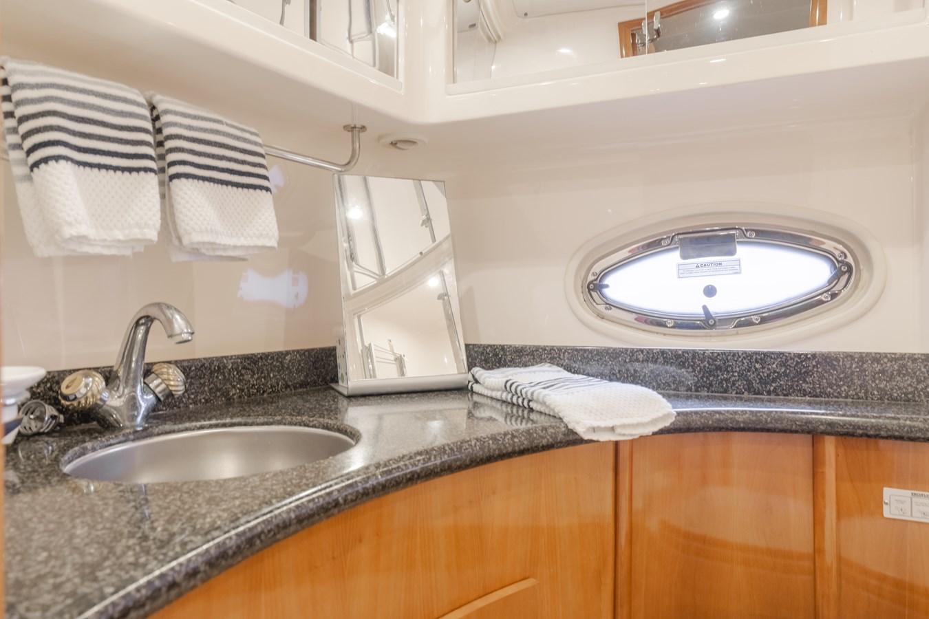 DSC03510-HDR 2005 CARVER  Motor Yacht 2737806