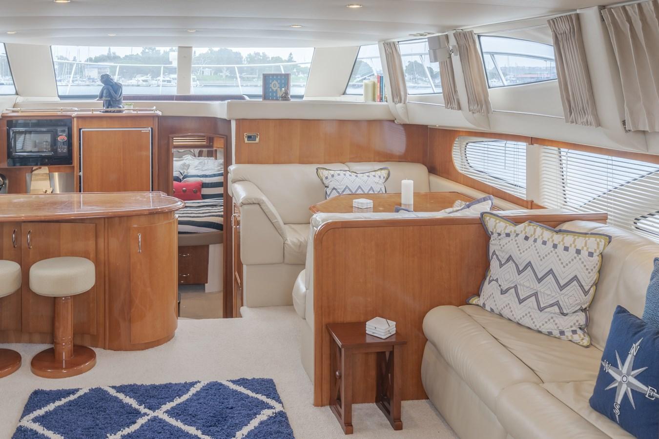DSC03552-HDR 2005 CARVER  Motor Yacht 2737808