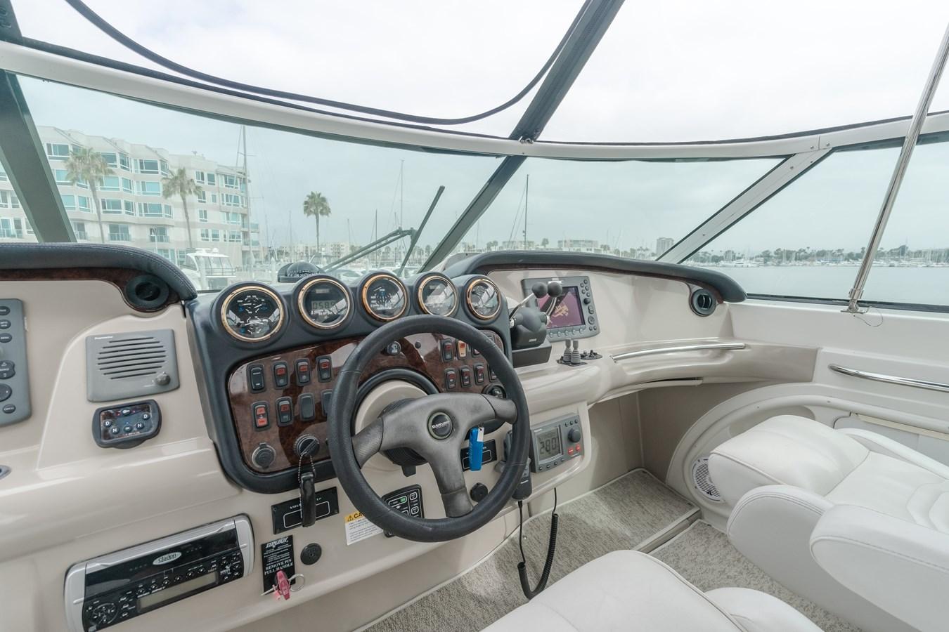 DSC03656-HDR 2005 CARVER  Motor Yacht 2737819