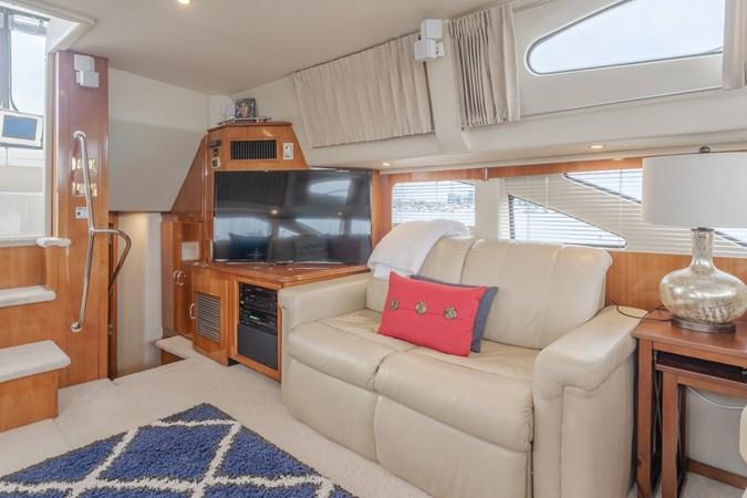 DSC03638-HDR 2005 CARVER  Motor Yacht 2737817