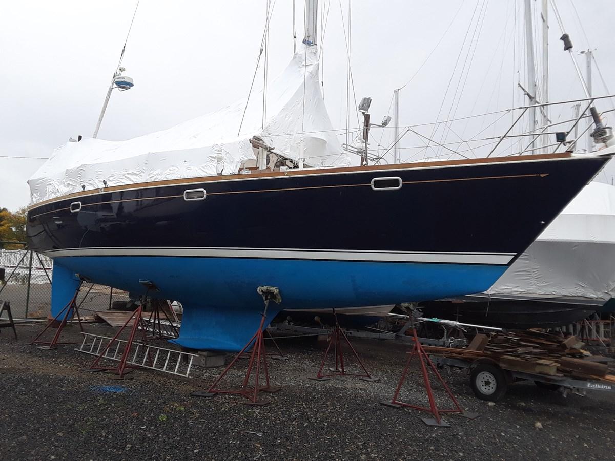 20191001_105206 1992 SABRE YACHTS Sabre 425 Cruising/Racing Sailboat 2738383