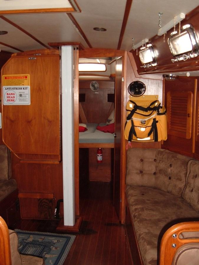 DSCF7499 1992 SABRE YACHTS Sabre 425 Cruising/Racing Sailboat 2738394