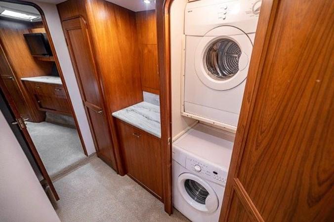 Washer & Dryer 1993 Ocean Yachts  Sport Fisherman 2738744