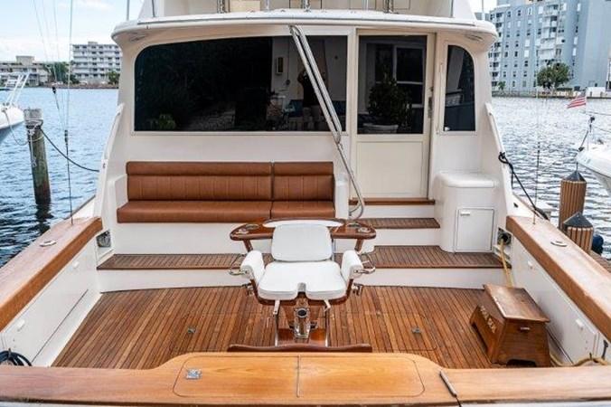 Cockpit 1993 Ocean Yachts  Sport Fisherman 2738758