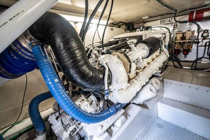 Engine Room 1993 Ocean Yachts  Sport Fisherman 2738768