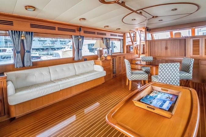Salon Looking to Port 2005 MARLOW Explorer 78E Motor Yacht 2765413