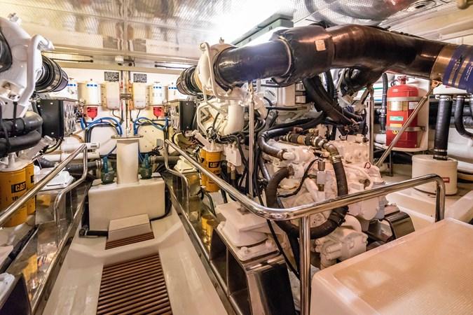 Engine room 2005 MARLOW Explorer 78E Motor Yacht 2765414