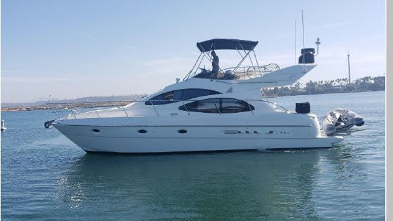 3 2001 AZIMUT 42 Flybridge Cruiser 2740254