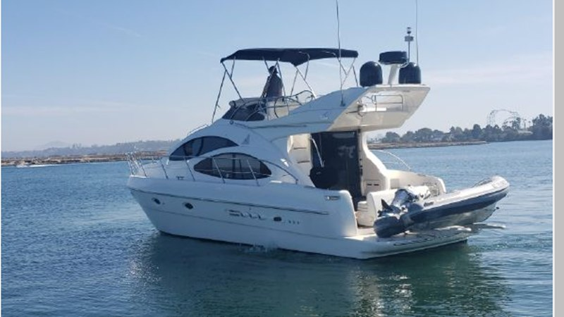 4 2001 AZIMUT 42 Flybridge Cruiser 2740258