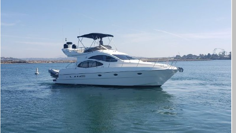 7 2001 AZIMUT 42 Flybridge Cruiser 2740260