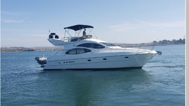 80 2001 AZIMUT 42 Flybridge Cruiser 2740265