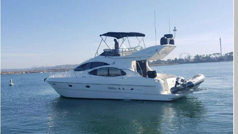 90 2001 AZIMUT 42 Flybridge Cruiser 2740269