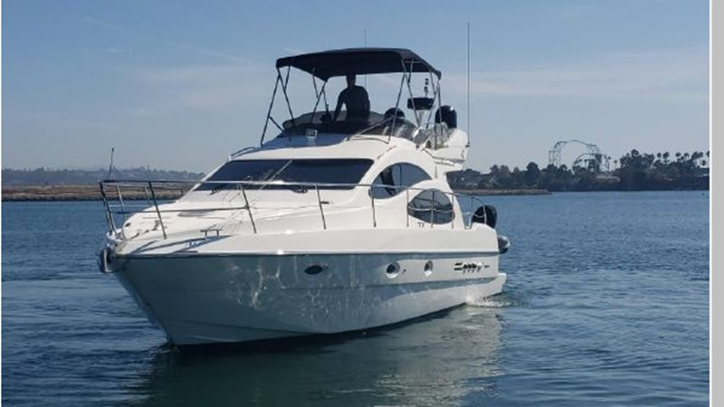 82 2001 AZIMUT 42 Flybridge Cruiser 2740270