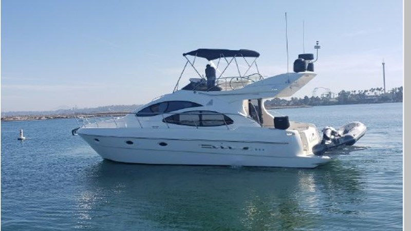 78 2001 AZIMUT 42 Flybridge Cruiser 2740272