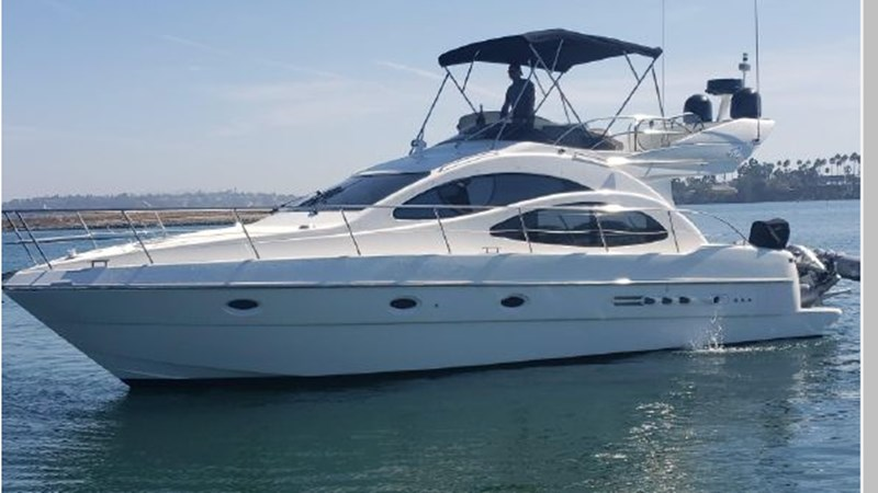 86 2001 AZIMUT 42 Flybridge Cruiser 2740273