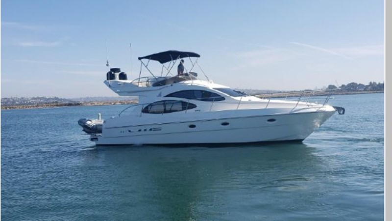 79 2001 AZIMUT 42 Flybridge Cruiser 2740277