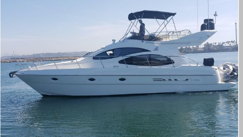 87 2001 AZIMUT 42 Flybridge Cruiser 2740282