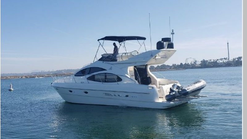 91 2001 AZIMUT 42 Flybridge Cruiser 2740288