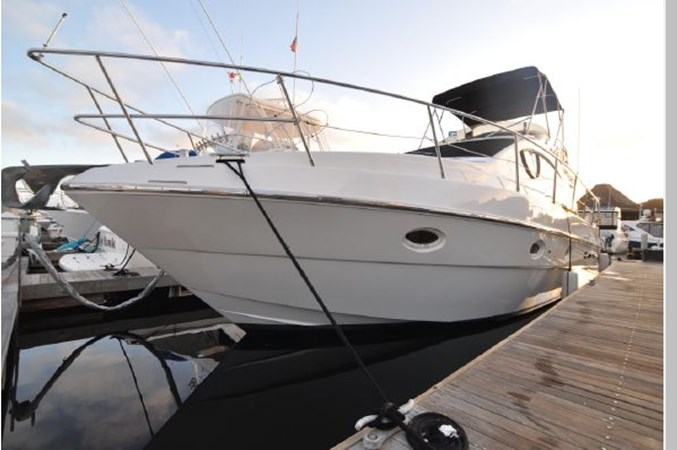 11 2001 AZIMUT 42 Flybridge Cruiser 2740290