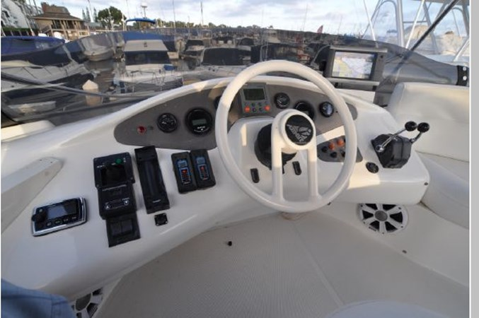 58 2001 AZIMUT 42 Flybridge Cruiser 2740306