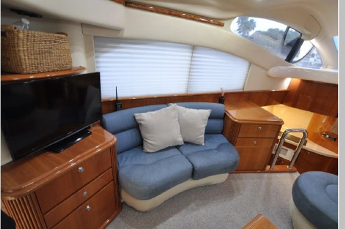 16 2001 AZIMUT 42 Flybridge Cruiser 2740312