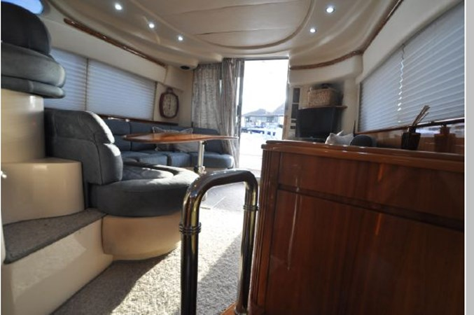 47 2001 AZIMUT 42 Flybridge Cruiser 2740316