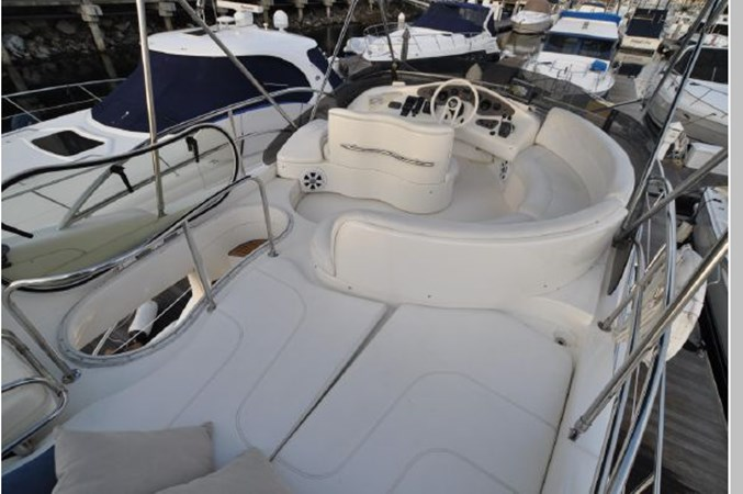 63 2001 AZIMUT 42 Flybridge Cruiser 2740328