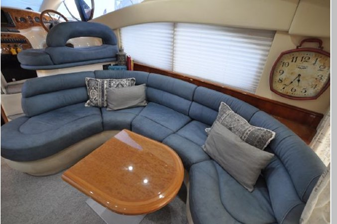 18 2001 AZIMUT 42 Flybridge Cruiser 2740338