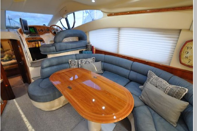 49 2001 AZIMUT 42 Flybridge Cruiser 2740348