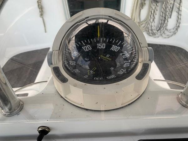 020 2005 BENETEAU 331 Sloop Cruising Sailboat 2743475