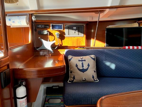 026 2005 BENETEAU 331 Sloop Cruising Sailboat 2743506