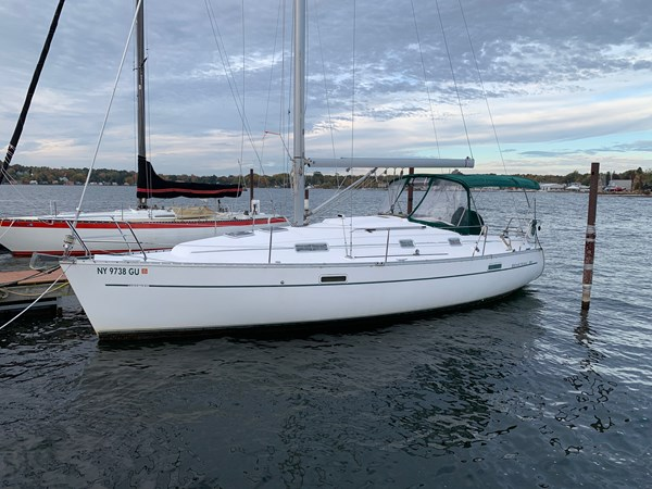001 2005 BENETEAU 331 Sloop Cruising Sailboat 2743511