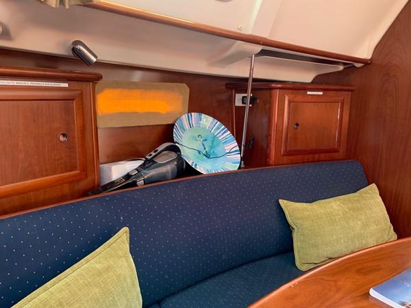 030 2005 BENETEAU 331 Sloop Cruising Sailboat 2743515