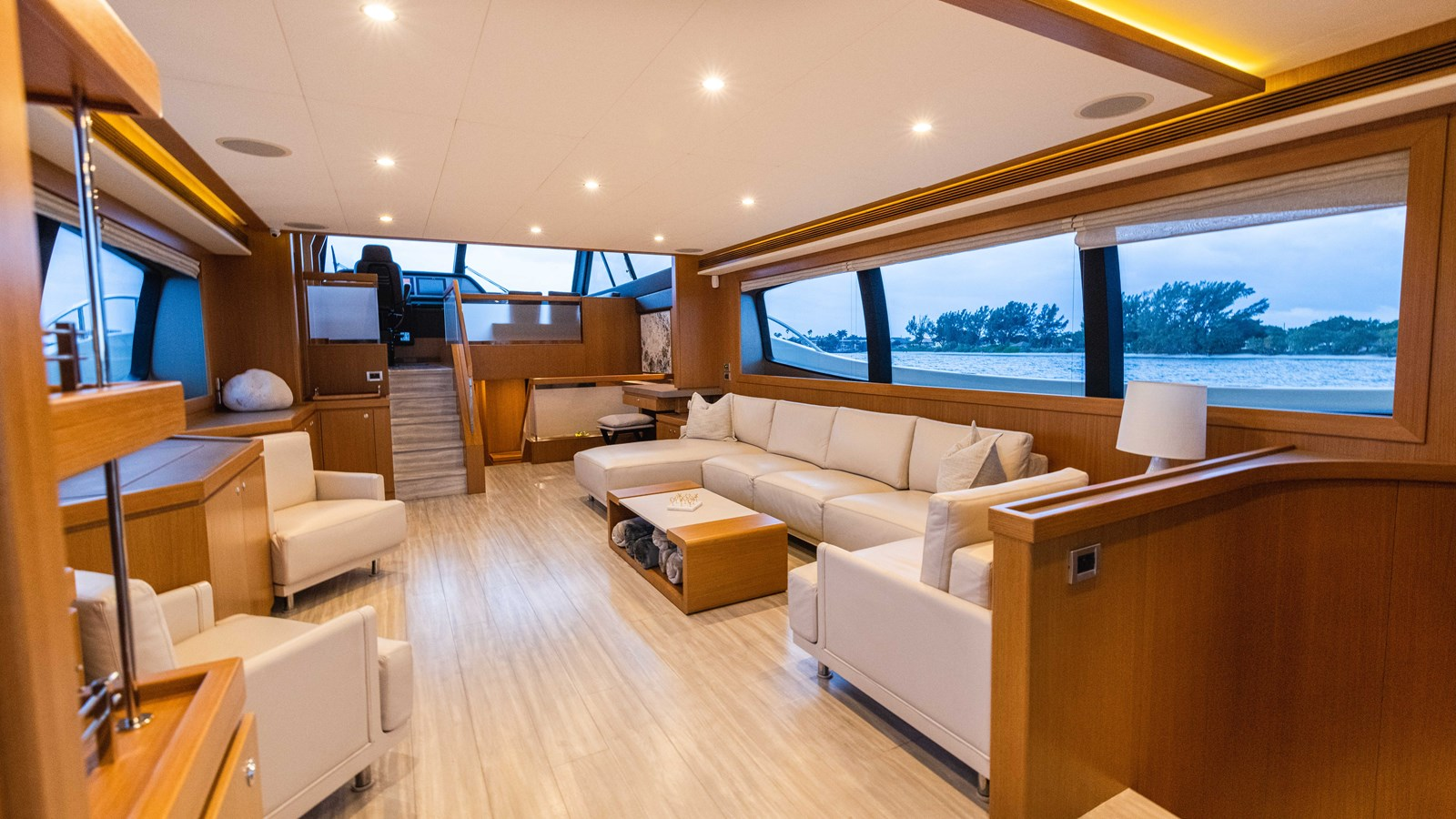 Salon / Master Enterance 2015 FERRETTI YACHTS  Motor Yacht 2883082