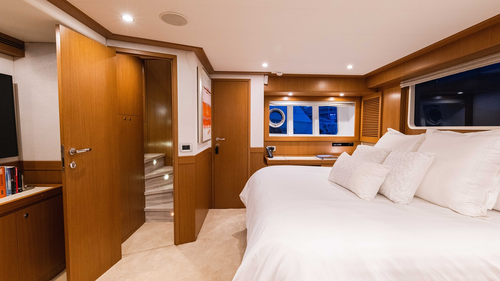 Master Stateroom 2015 FERRETTI YACHTS  Motor Yacht 2883179