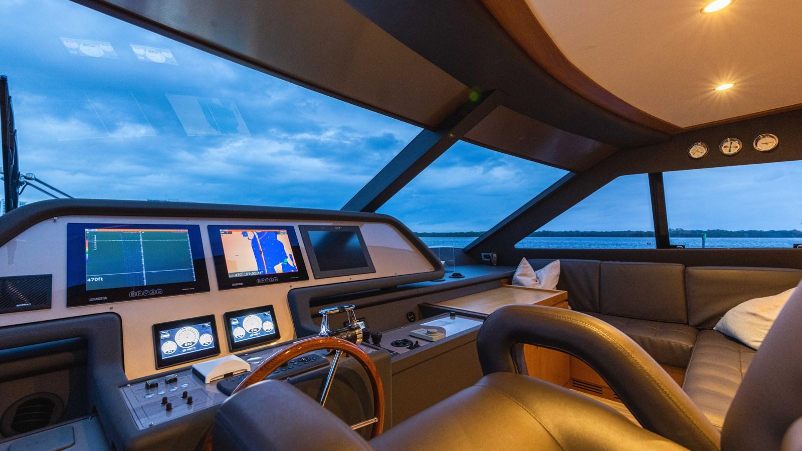 Lower Helm 2015 FERRETTI YACHTS  Motor Yacht 2883199