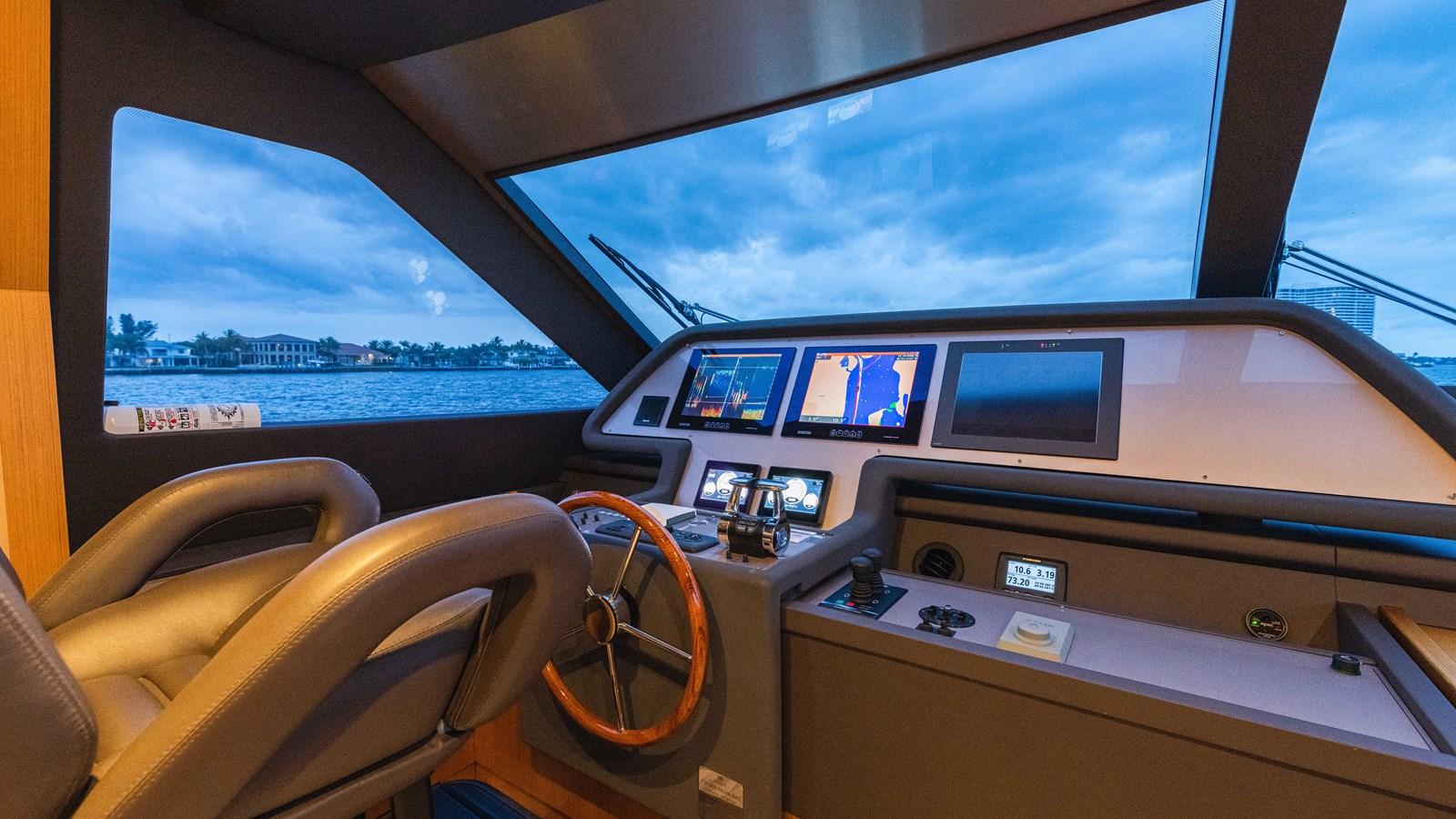 Lower Helm 2015 FERRETTI YACHTS  Motor Yacht 2883203