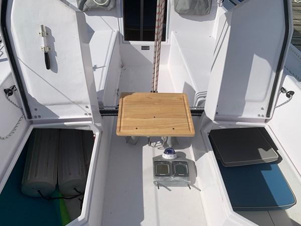 025 2015 CATALINA 275 Sport Cruising/Racing Sailboat 2743619